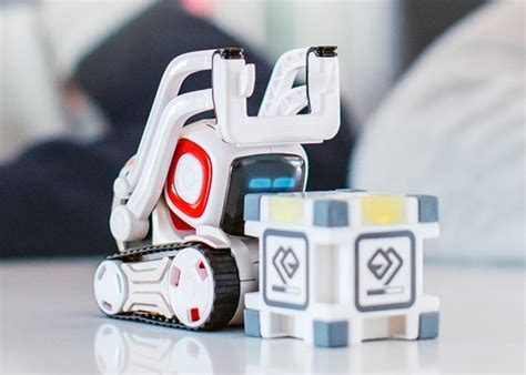 New Anki Cozmo Robot Unveiled For $180 (video) - Geeky Gadgets