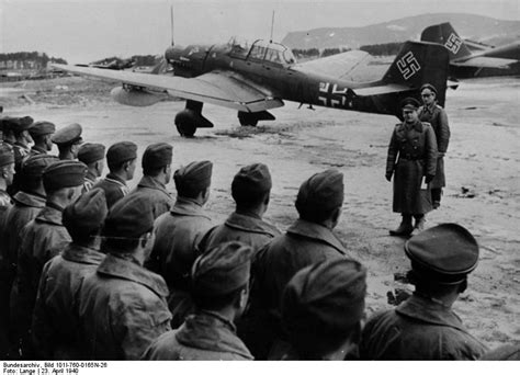[Photo] German Colonel General Erhard Milch inspecting